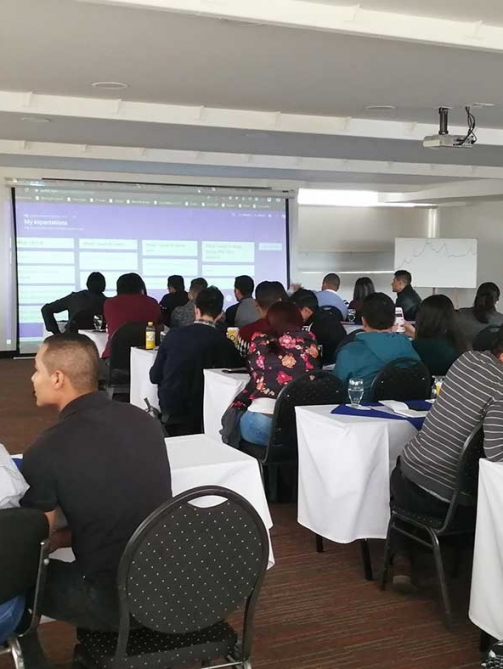 On-language-teacher-training-and-teacher-self-assessment-1